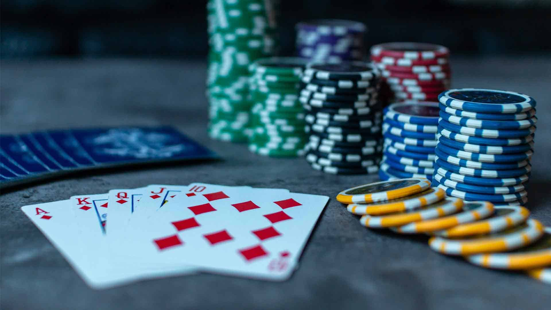 slow playing poker hands strategy and tips